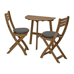 ASKHOLMEN wall table+2 folding chairs,outdoor, gray-brown stained, Frösön/Duvholmen dark gray