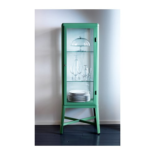Jenny castle design where could i put this - Vitrine collection ikea ...
