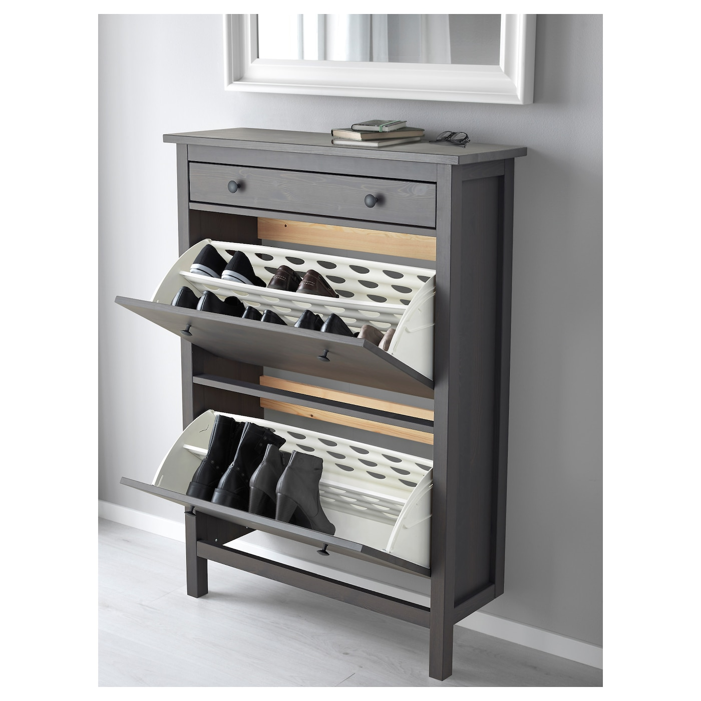 HEMNES Shoe cabinet with 2 compartments