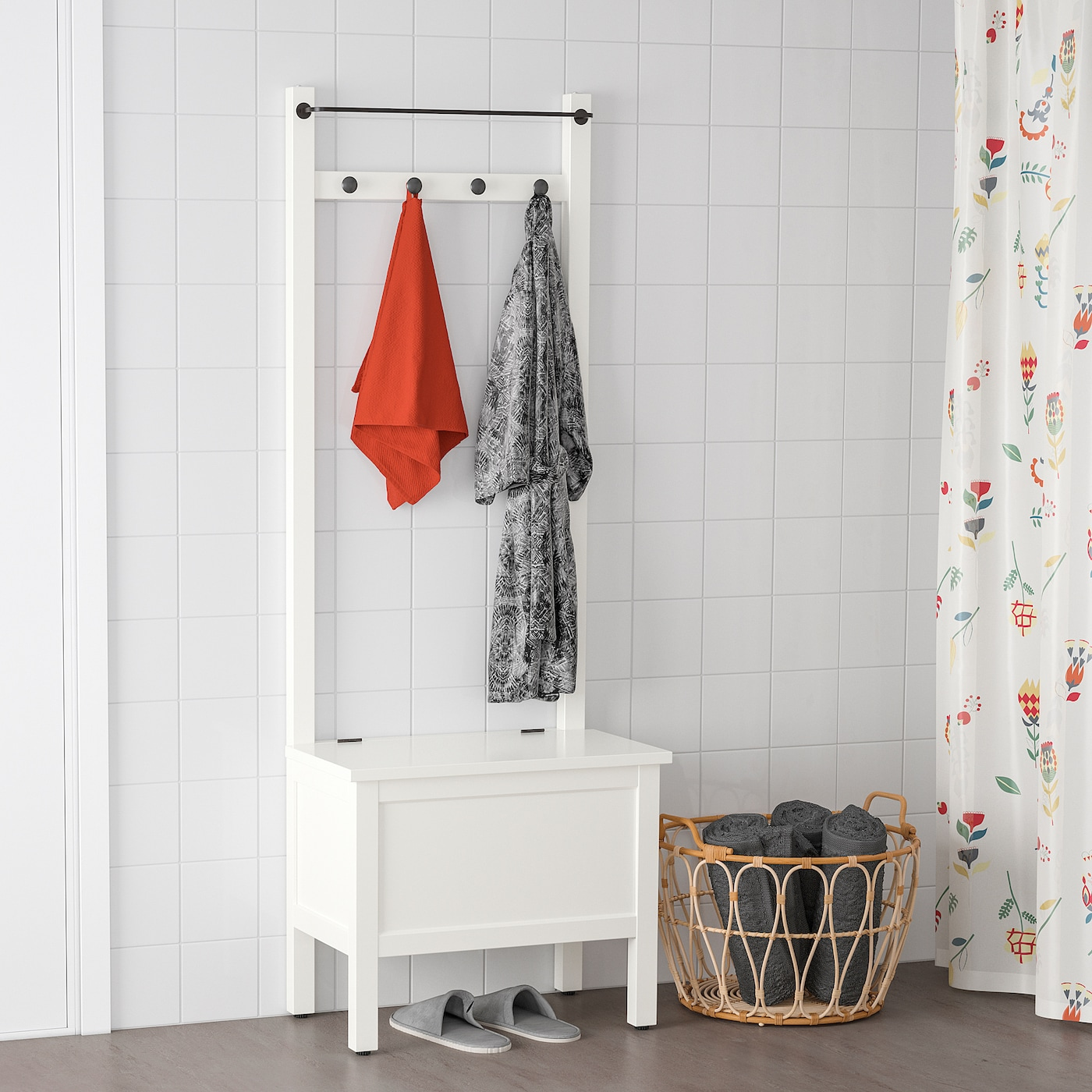 "HEMNES Storage bench w/towel rail+4 hooks, white, 25 1/4x14 5/8x68 1/8 """