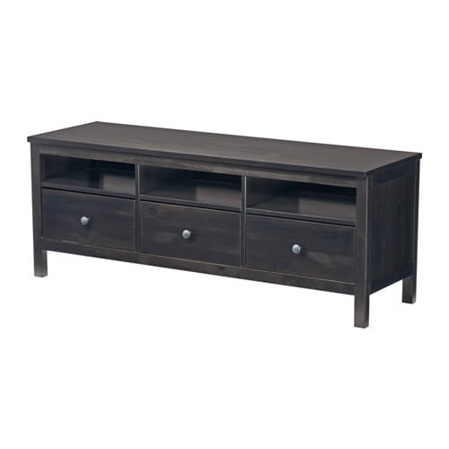 Hemnes tv unit black brown ikea for Agencement de stand