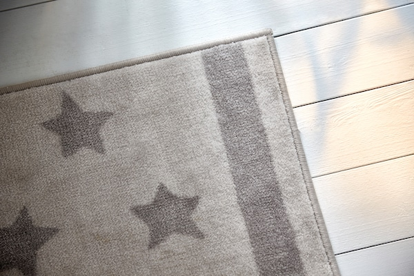 "HIMMELSK rug gray 5 ' 3 "" 4 ' 4 "" 23 sq feet"