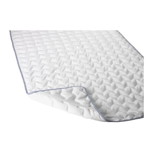 IKEA 365+ SKYDDA Mattress pad IKEA Protects your mattress from stains and dirt and prolongs its life.  Quick to remove, easy to wash.