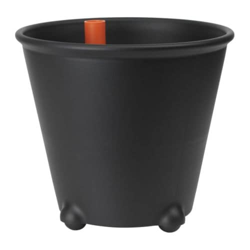 Ikea ps fej self watering plant pot black ikea for Black planters ikea