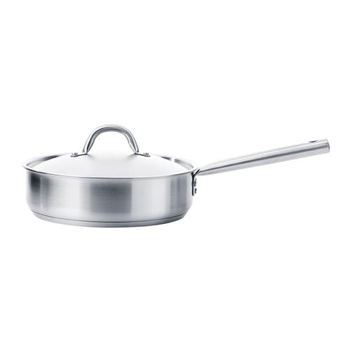 Ovenproof frying pan with lid