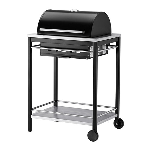 KLASEN Charcoal grill IKEA The built-in thermometer on the hood helps you check the temperature during grilling – without having to lift the hood.