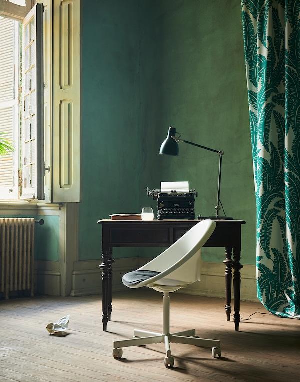 LOBERGET / BLYSKÄR Swivel chair with pad, white/dark gray