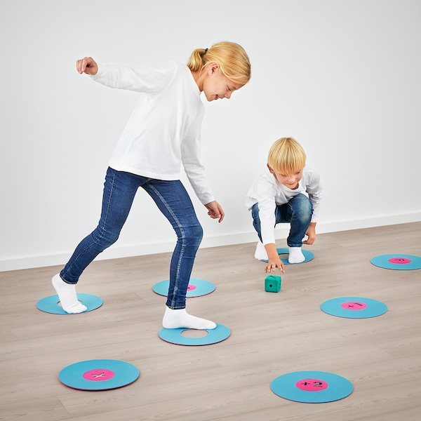 IKEA LUSTIGT Floor game