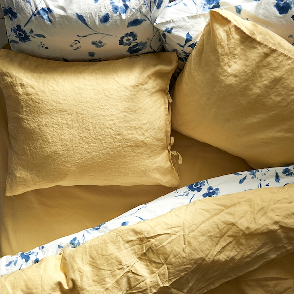 PUDERVIVA Duvet cover and pillowcase(s), light yellow, Twin