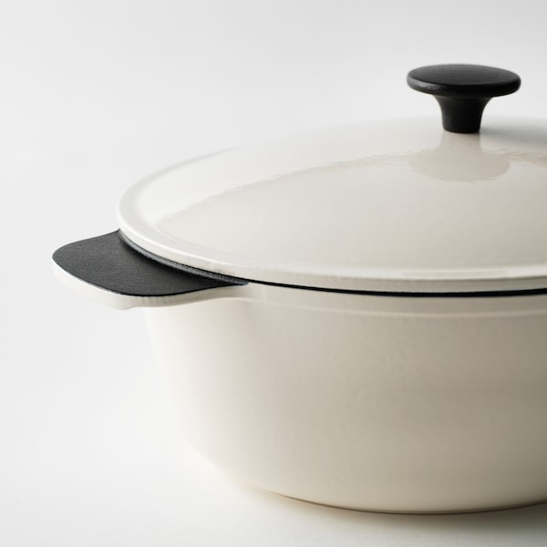 "SENIOR casserole with lid off-white 15 ¼ "" 10 ¼ "" 5.3 qt"