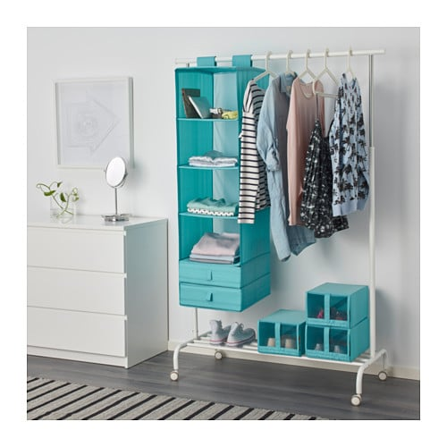 5 ways to maximize space in your tiny dorm room her campus. Black Bedroom Furniture Sets. Home Design Ideas