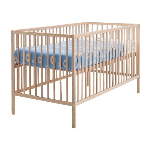 "SNIGLAR Crib  Length: 53 7/8 "" Width: 29 1/8 "" Height: 33 1/8 "" Bed width: 27 1/2 "" Bed length: 52 ""  Length: 137 cm Width: 74 cm Height: 84 cm Bed width: 70 cm Bed length: 132 cm"