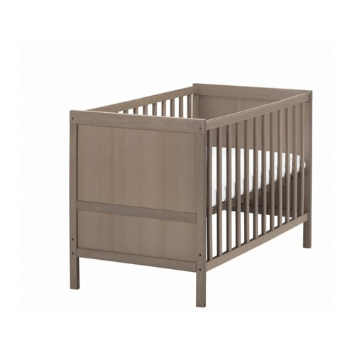 Ikea Unterschrank Geschirrspülmaschine ~ SUNDVIK Crib IKEA The bed base can be placed at two different heights