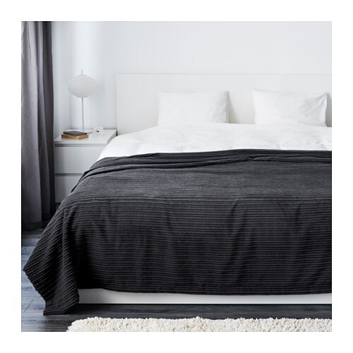 TUSENSKÖNA Bedspread IKEA Packaging designed as a storage bag.   Easy to protect, transport and store the product.
