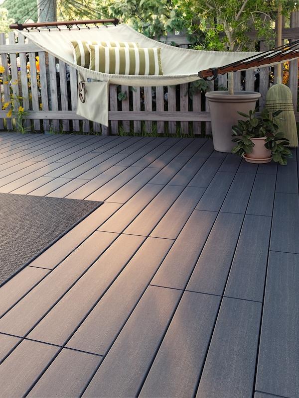 UTLÄNGAN Decking, outdoor, gray stained, 10 sq feet