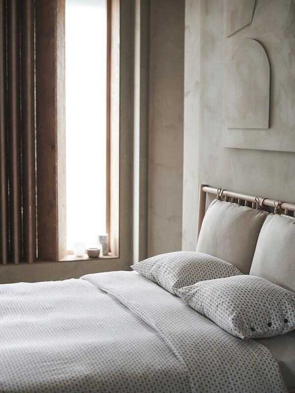 VÄGTÅG Duvet cover and pillowcase(s), white/dark brown, Full/Queen (Double/Queen)