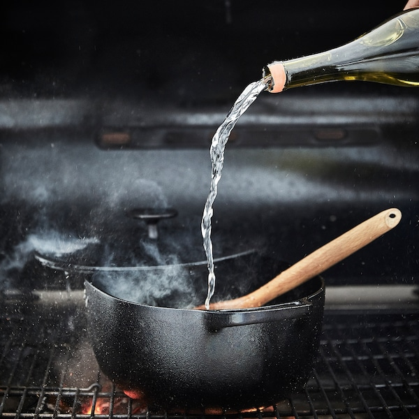 VARDAGEN Casserole with lid, cast iron, 5.3 qt