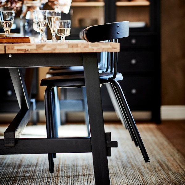 "YNGVAR chair anthracite 243 lb 20 7/8 "" 20 1/8 "" 28 "" 15 3/4 "" 15 3/4 "" 18 1/8 """